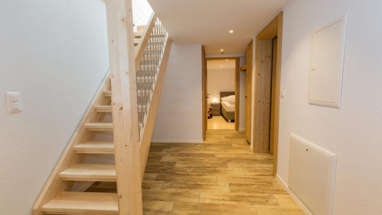 Baeren_Suite_Eingangsbereich_Treppe